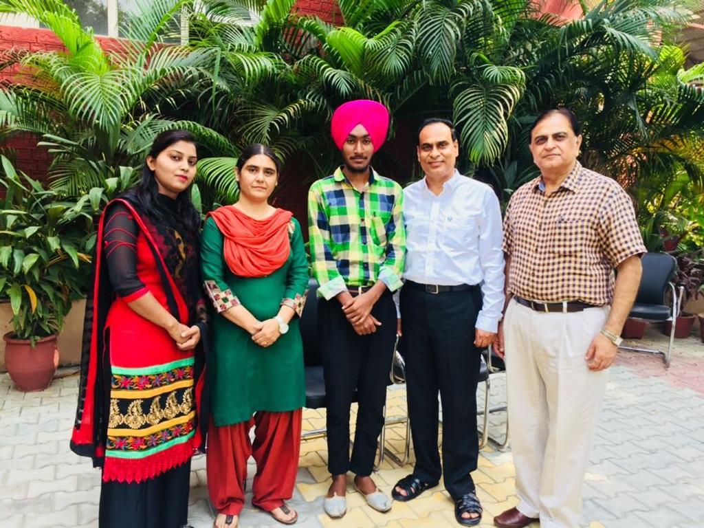 Gndu College Jalndhar Winners of Youth Festival 2017  5