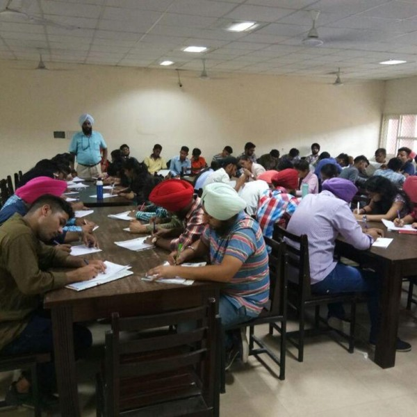 GNDU_COLLEGE_ESSAY WRITING COMPETITION ON THEME OF SWACHH BHARAT 2